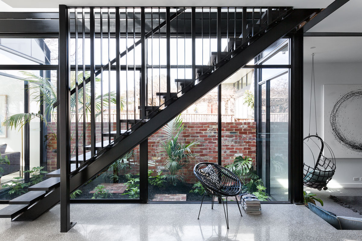 LoE i89. Northcote residential staircase. Photography by Aspect 11