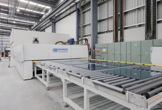 Glassworks3 590x402 520x354
