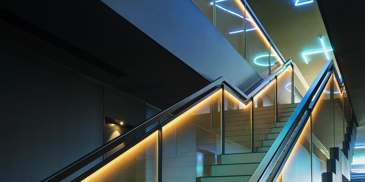 SEFAR mesh laminated glass PR Gold 140 50. Jackalope Hotel by Carr Design stair case