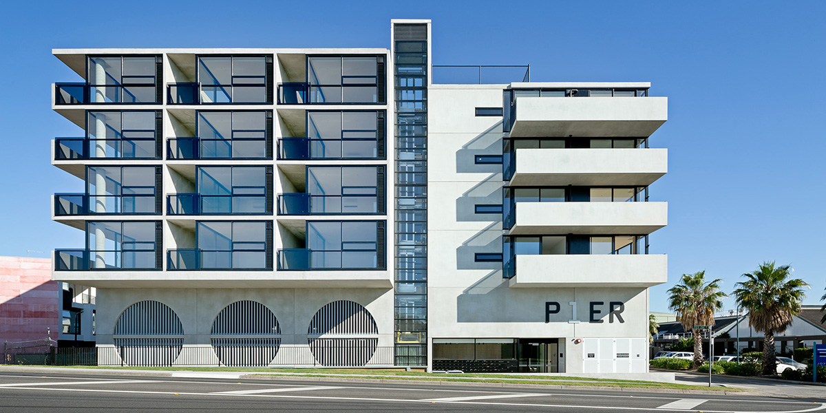 Optitherm. Pier 1 apartments external front on. Photography by Emma Cross